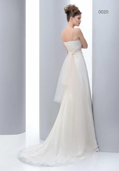 Свадебные платья Pat Maseda. : Свадебное платье Pat MASEDA 9120