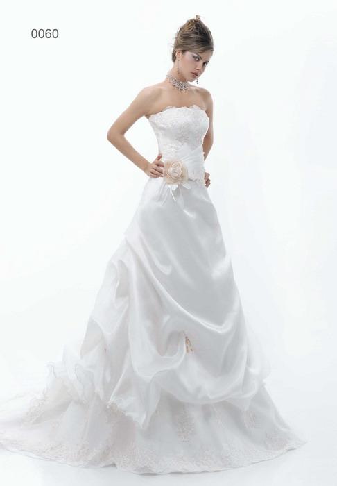 Свадебные платья Pat Maseda. : Свадебное платье Pat MASEDA 9160